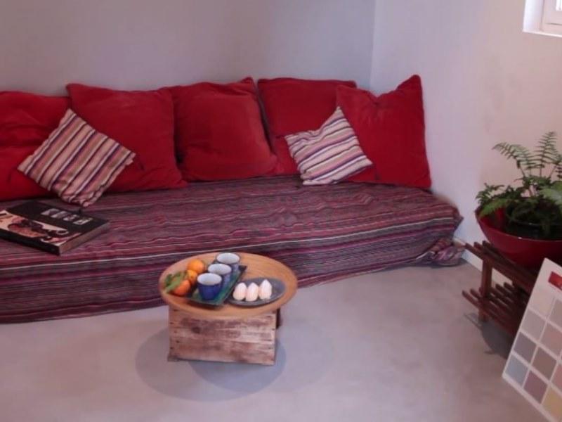 appliquer du b ton cir sur un carrelage arcane industries. Black Bedroom Furniture Sets. Home Design Ideas