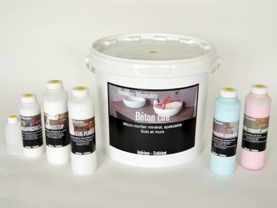 r alisation d 39 une douche italienne en b ton cir dans une salle de bain arcane industries. Black Bedroom Furniture Sets. Home Design Ideas